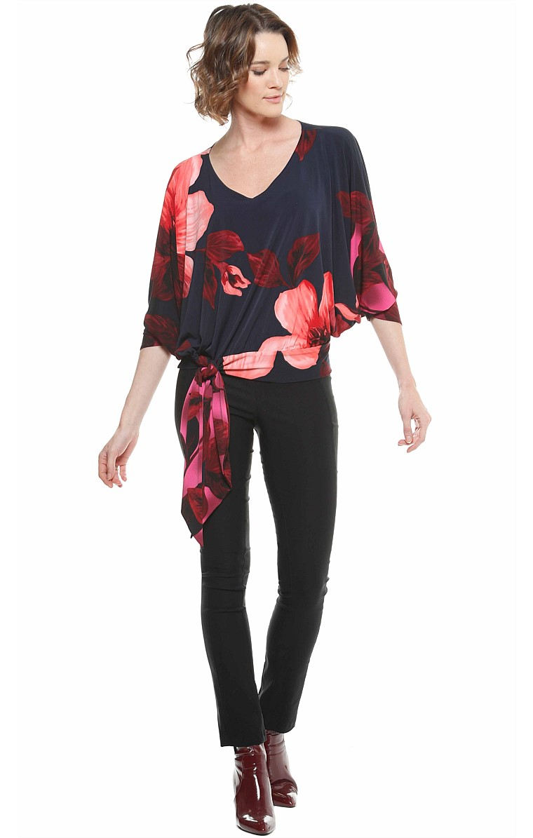 HEDI LOOSE FIT BATWING STRETCH JERSEY ADJUSTABLE TIE TOP IN NAVY PINK FLOWER PRINT