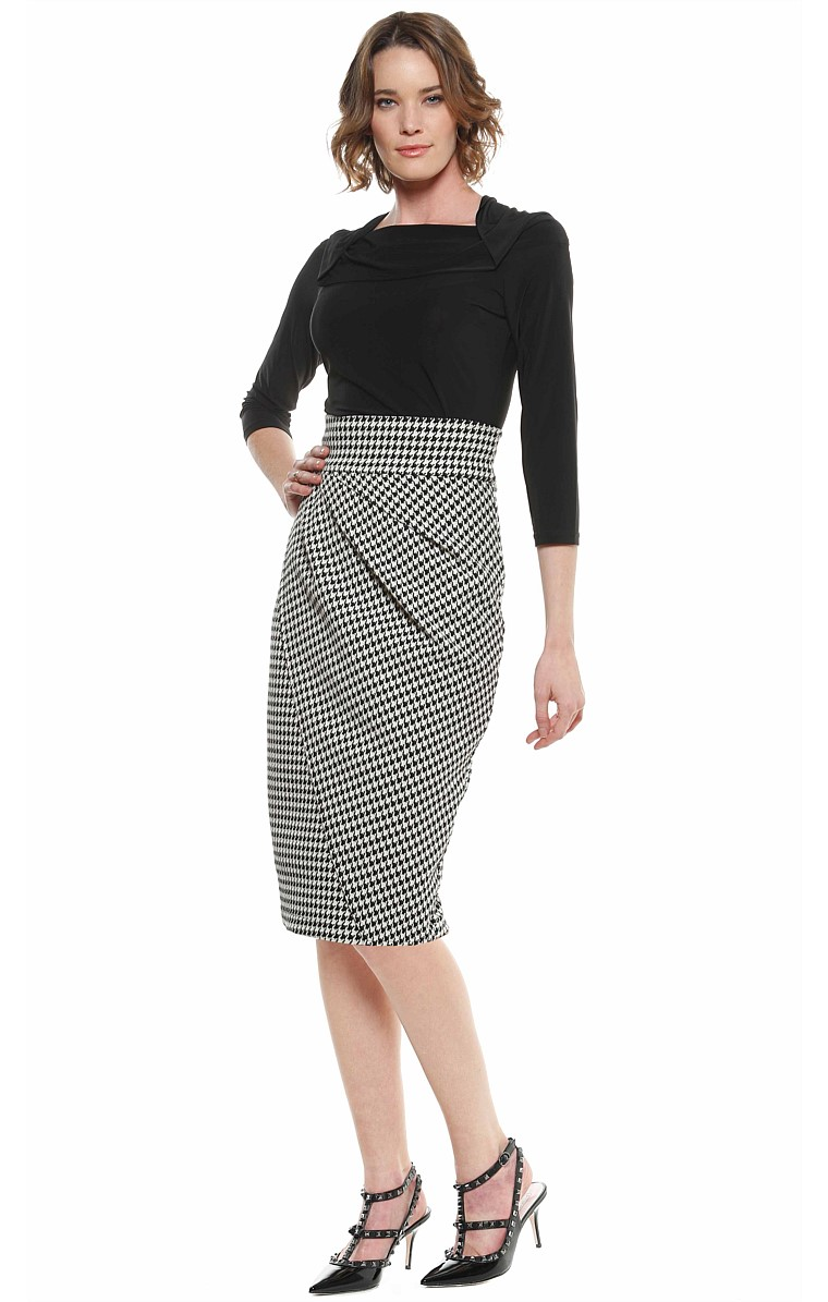 CHURCHILL FAUX WRAP FITTED PENCIL SKIRT IN BLACK WHITE HOUNDSTOOTH PRINT