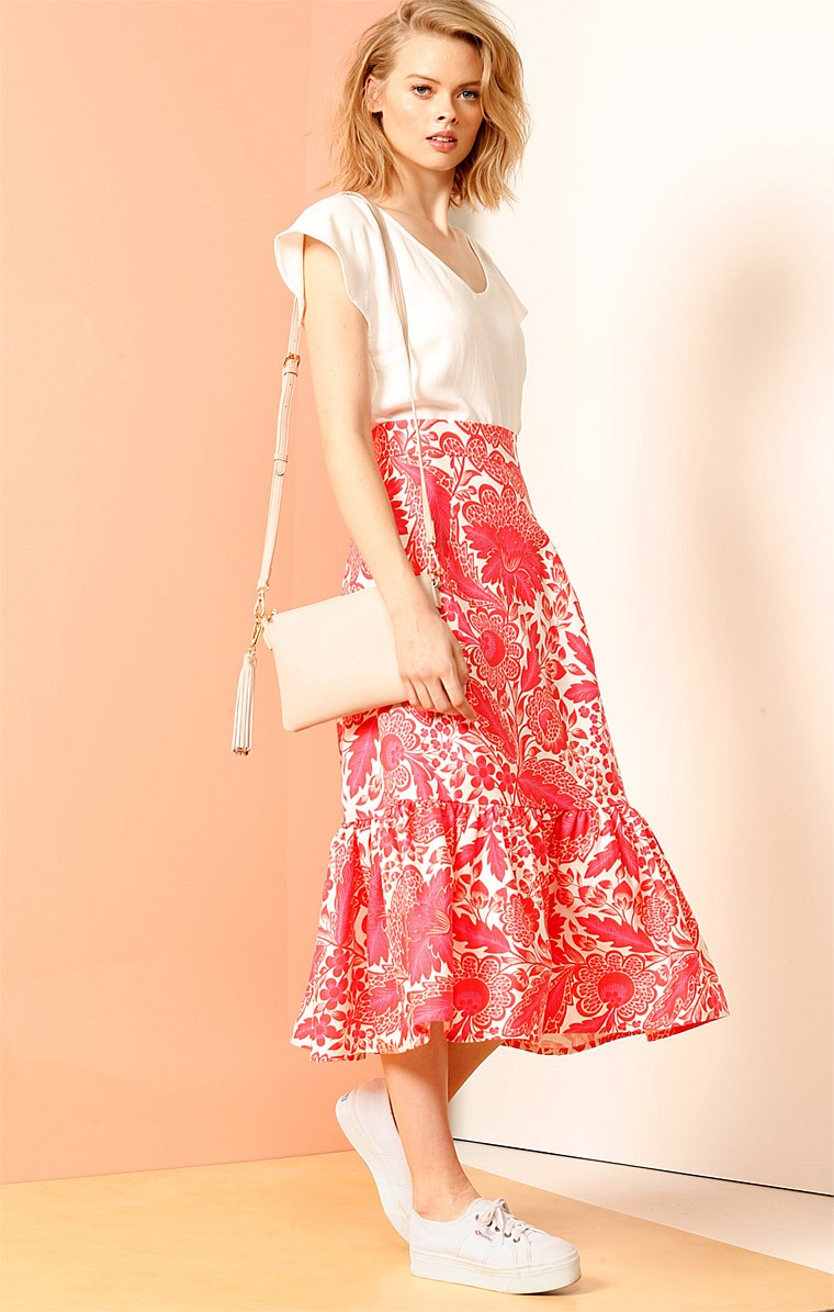LADIES PAVILLION FITTED MIDI SKIRT WITH FRILL HEMLINE IN PINK WHITE PAISLEY PRINT