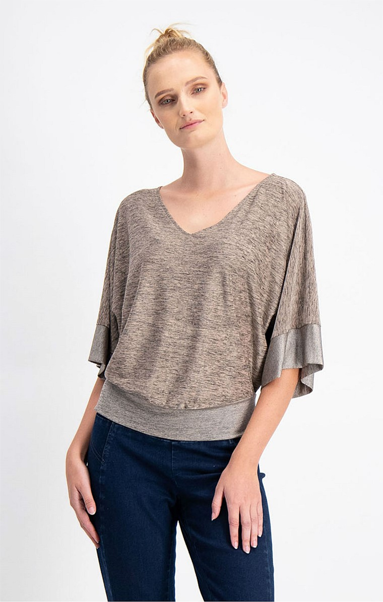 KIMONO SLEEVE LOOSE FIT STRETCH V-NECK TOP IN TAUPE