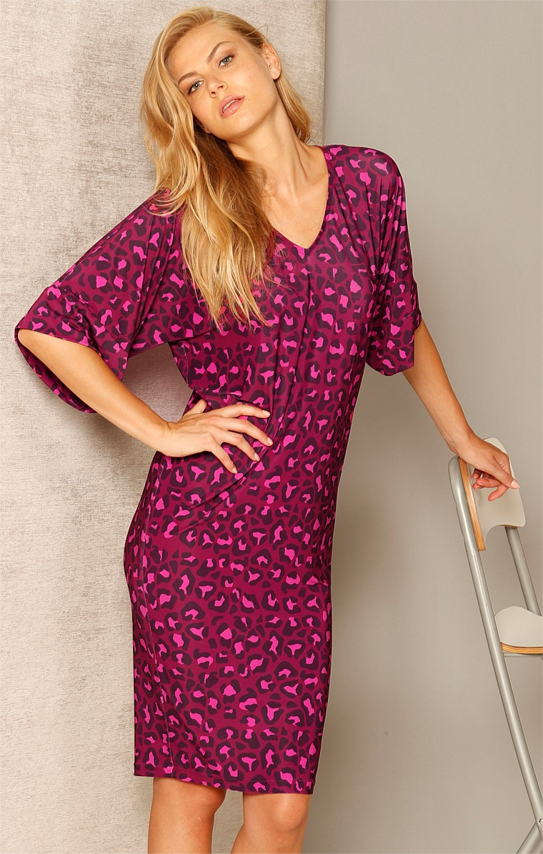 JUMP FOR MY LOVE REVERSIBLE STRETCH JERSEY KIMONO SLEEVE DRESS IN MULBERRY LEOPARD PRINT