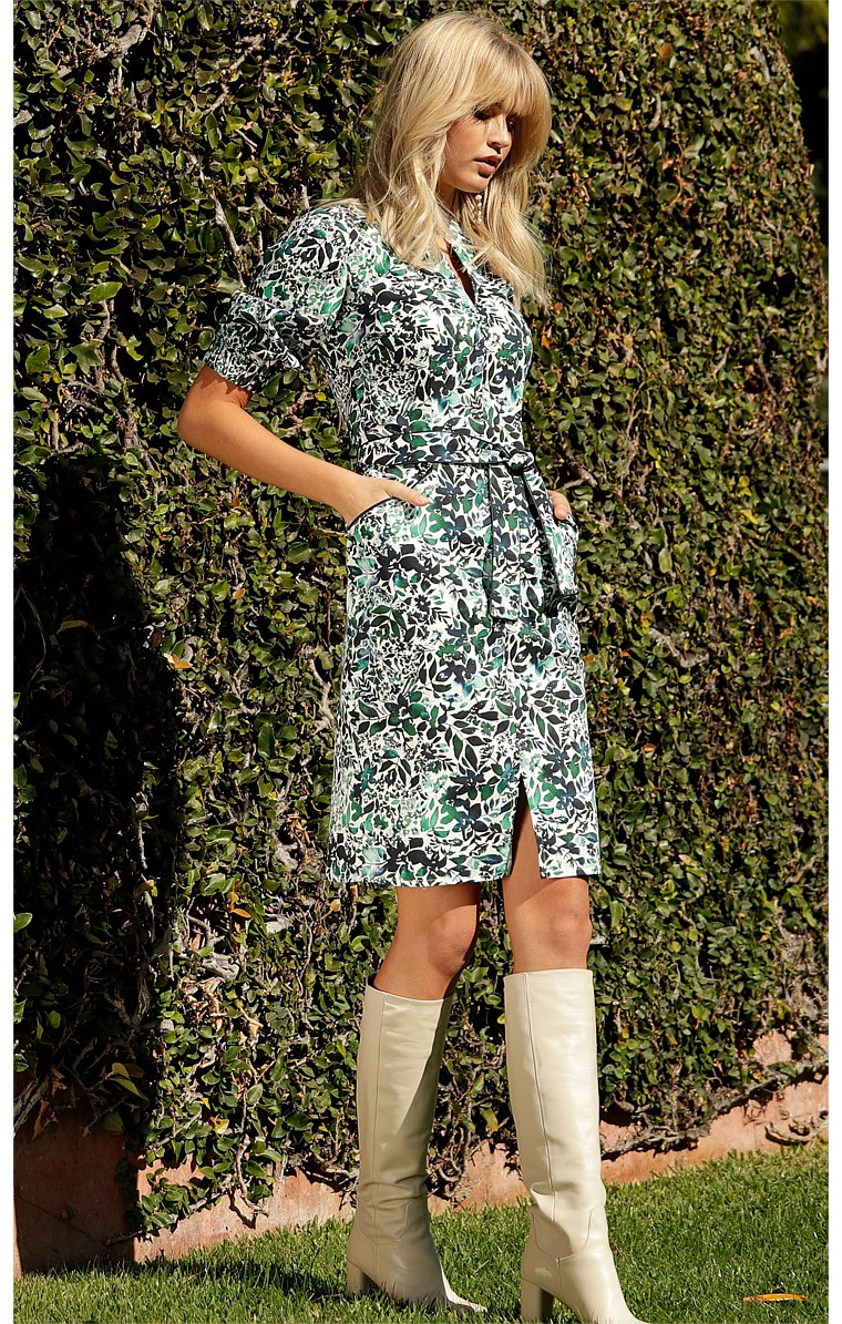 PRUSSIA COTTON 3/4 SLEEVE SHIRTMAKER KNEE-LENGTH DRESS IN BLUE GREEN FLORAL PRINT
