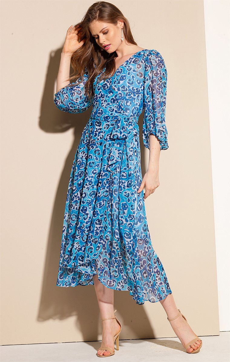 BARONESS BISHOP SLEEVE V-NECK A-LINE WRAP MIDI DRESS IN TURQUOISE BLUE ABSTRACT