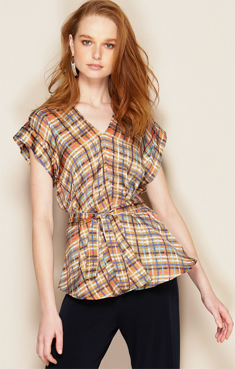 ONASSIS LOOSE FIT CAP SLEEVE V-NECK TOP IN TAN MULTI CHECK PRINT