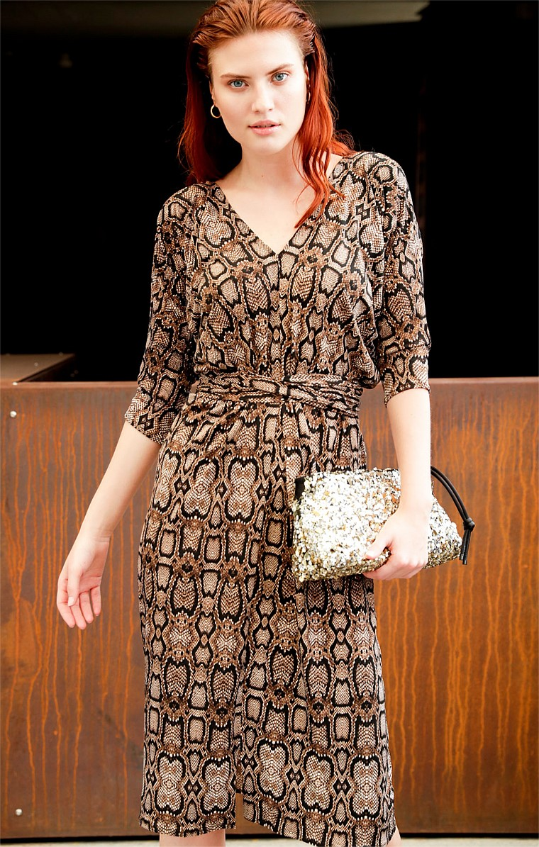 LAFAYETTE 3/4 SLEEVE STRETCH V-NECK KNEE-LENGTH DRESS IN SNAKE ANIMAL PRINT