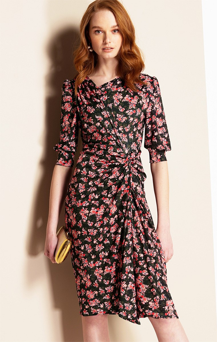 VESPRI SICILIANI 3/4 SLEEVE FITTED STRETCH JERSEY KNEE-LENGTH DRESS IN OLIVE ORANGE BLOSSOM PRINT