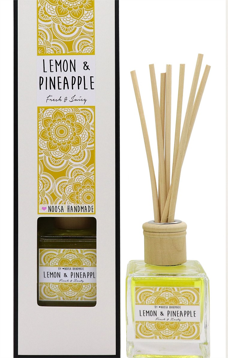 REED DIFFUSER IN LEMON AND PINEAPPLE SCENT