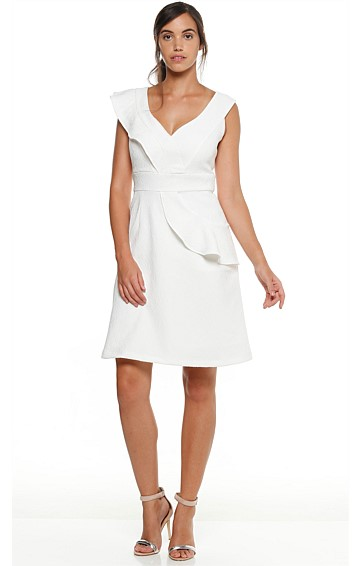 HOLLYHOCK KNEE LENGTH TEXTURED JACQUARD FRILL V-NECK DRESS IN WHITE