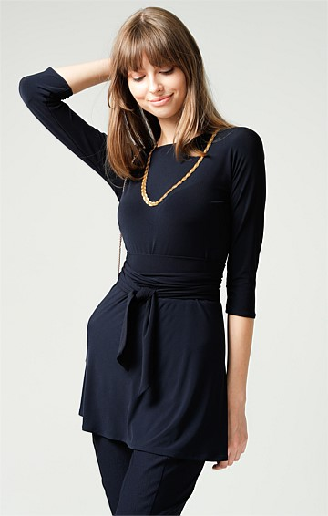 TURNAROUND 3/4 SLEEVE REVERSIBLE STRETCH JERSEY TUNIC TOP IN NAVY