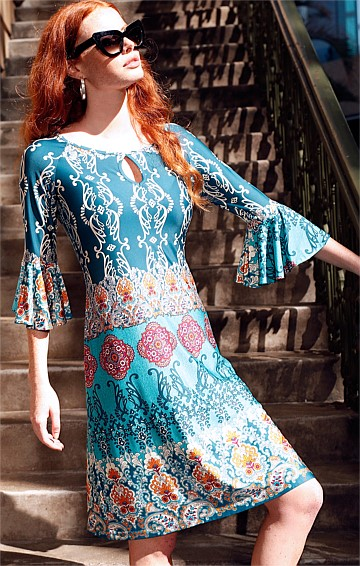 GRACIE FLUTE SLEEVE STRETCH KNEE LENGTH TUNIC JERSEY DRESS IN GOLD PAISLEY PRINT