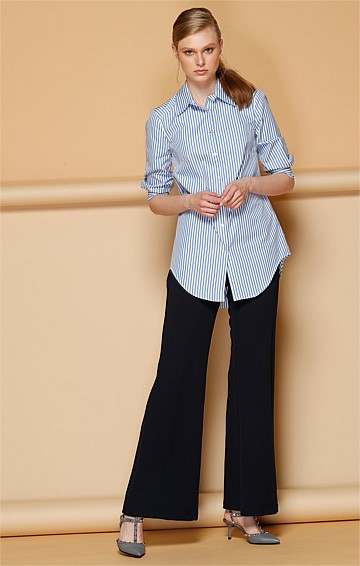 HARGREAVES FIT AND FLARE WIDE LEG CREPE PANT IN NAVY