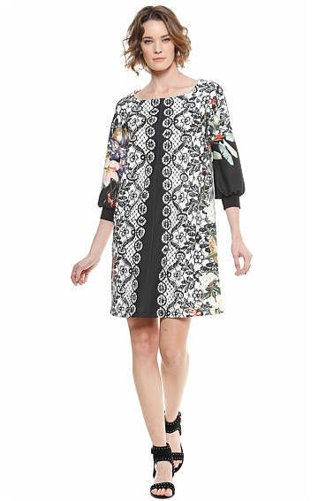 ASTOR LOOSE FIT ABOVE KNEE SCUBA CREPE SHIFT DRESS IN BLACK FLORAL LACE PRINT