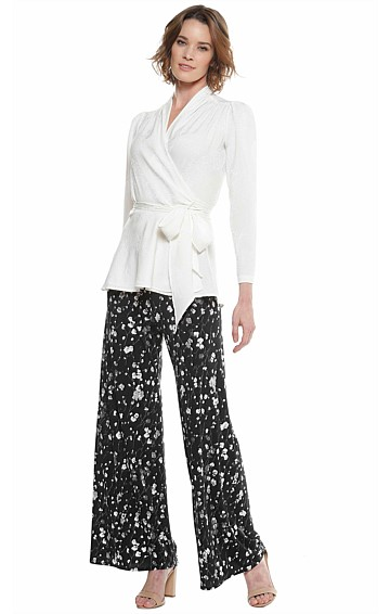 SEAMLESS STRETCH JERSEY WIDE LEG PANT IN BLACK GREY FLORAL PRINT