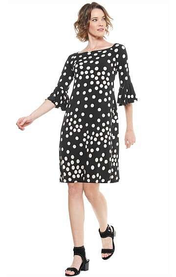 NESBITT FLUTE SLEEVE STRETCH KNEE LENGTH TUNIC JERSEY DRESS IN BLACK CREAM SPOT