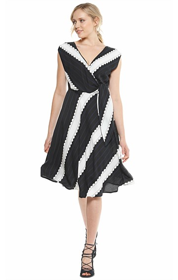 PATTEN FAUX WRAP A-LINE TIE FRONT FIT AND FLARE DRESS IN BLACK WHITE PRINT