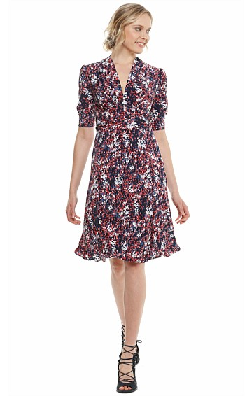 SHERIDAN V-NECK STRETCH JERSEY A-LINE DRESS IN NAVY RED PRINT