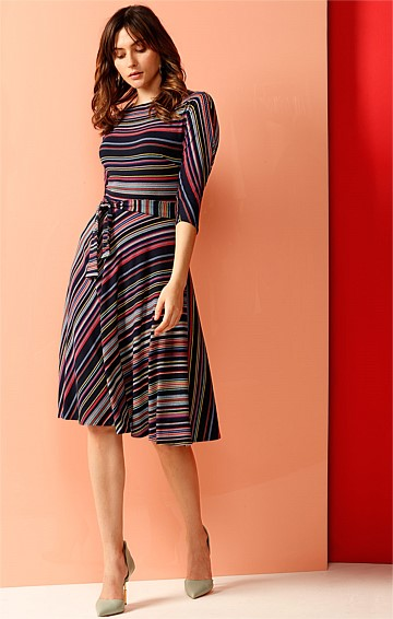 LAKE KIOSK STRETCH A-LINE BOAT-NECK 3/4 SLEEVE JERSEY DRESS IN MULTI STRIPE PRINT