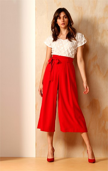 GAPSTOWE WIDE LEG PLEATED CULOTTE PANT IN RED