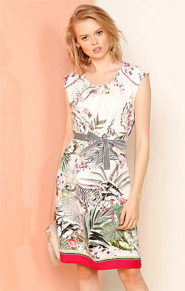 WAGNER PARK CAP SLEEVE KNEE LENGTH SHIFT DRESS IN PINK AND WHITE TIGER PRINT