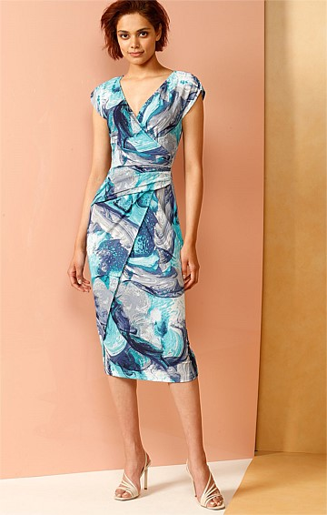 RAPIDS FITTED STRETCH CAP SLEEVE V-NECK PRINTED DRESS IN BLUE SWIRL