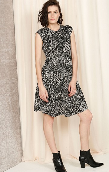 EVES CAP SLEEVE FIT AND FLARE SCOOP NECK KNEE LENGTH DRESS IN LEOPARD PRINT