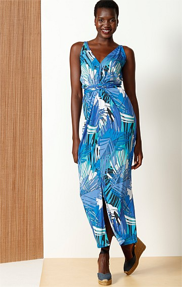 MEET THE CAPTAIN STRETCH JERSEY V-NECK FRONT SPLIT MAXI DRESS IN AQUA FERN PRINT