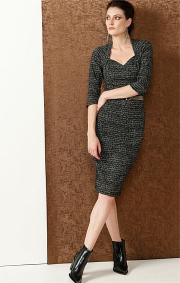 CHRISSY 3/4 SLEEVE SWEETHEART NECK FITTED DRESS IN BLACK IVORY JACQUARD