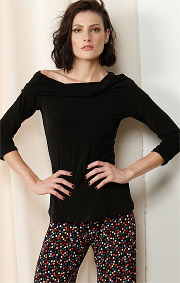 3/4 SLEEVE COWL NECK JERSEY TOP IN BLACK
