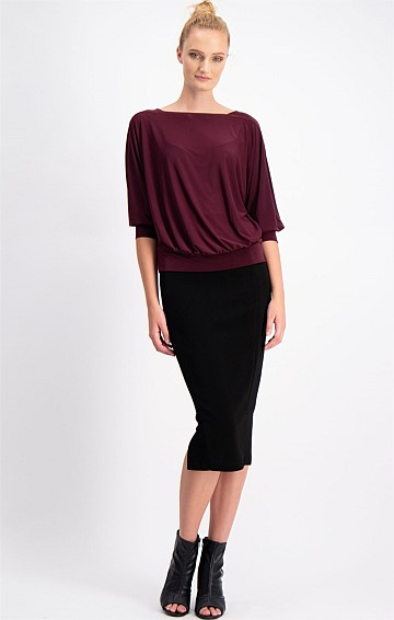 BERTIE LOOSE FIT STRETCH JERSEY BATWING SLEEVE TOP IN BLACK CHERRY
