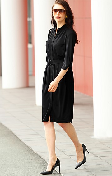 FLUID LOOSE FIT STRETCH JERSEY SHIRTMAKER DRESS WITH POCKETS IN BLACK
