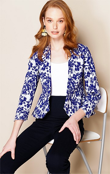 TRISTAN FITTED LONG SLEEVE V-NECK JACKET IN BLUE IVORY FLORAL