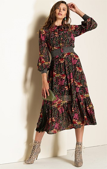 NORMA 3/4 SLEEVE LOOSE FIT HIGH NECK TIE DRESS IN BURGUNDY FOREST FLORAL PRINT