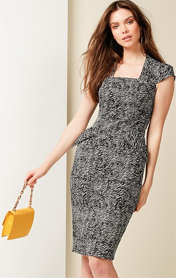 HOW TO STEAL A MILLION FITTED CAP SLEEVE SQUARE NECK KNEE LENGTH DRESS IN MINI ZEBRA PRINT