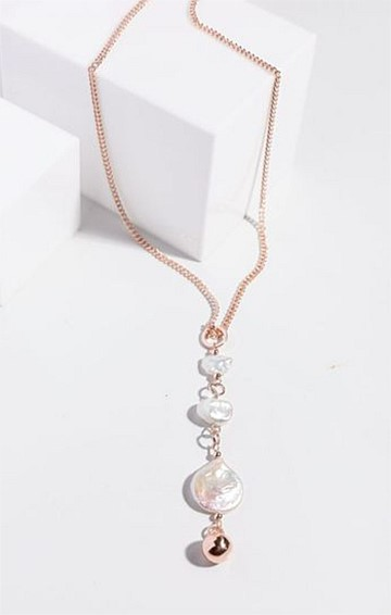 DROP PEARL PENDANT NECKLACE IN PEARL ROSE GOLD