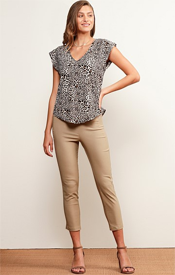 TEWANTIN CROPPED SKINNY STRETCH BENGALINE HIGH WAIST PANT IN LATTE