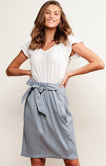 NOOSA RIVER ELASTICATED WAIST A-LINE KNEE LENGTH SKIRT IN BLUE LINEN