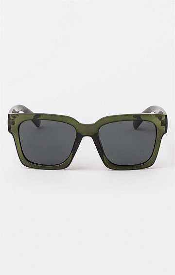 AVERY SUNGLASS IN FORREST GREEN