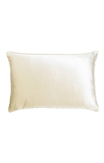 ROMA VELVET INDOOR CUSHION IN CHAMPAGNE