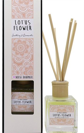 REED DIFFUSER IN LOTUS FLOWER SCENT