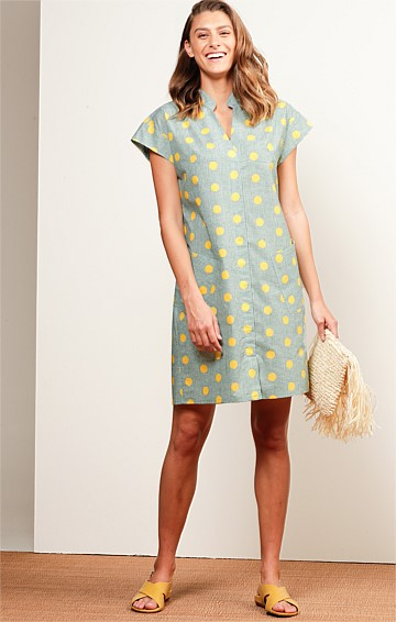 MOOLOOLABA COTTON CAP SLEEVE V-NECK SHIFT SHIRTMAKER DRESS IN GREEN LEMON SPOT PRINT