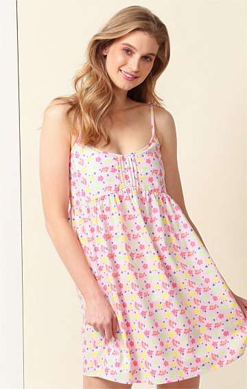 SUNSET TO SUNRISE ADJUSTABLE STRAP SLEEVELESS SCOOP-NECK A-LINE PETITE NIGHTIE IN CANDY