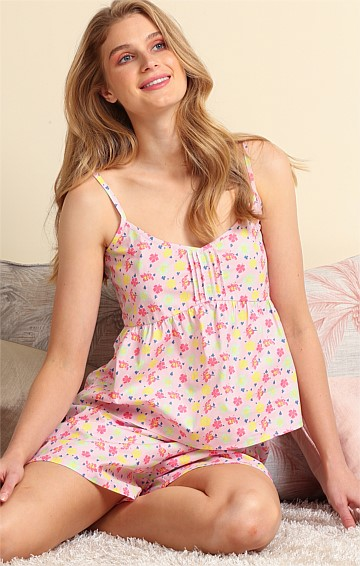 LAZY DAY ADJUSTABLE STRAP SCOOP-NECK BABY DOLL CAMI IN CANDY FLORAL