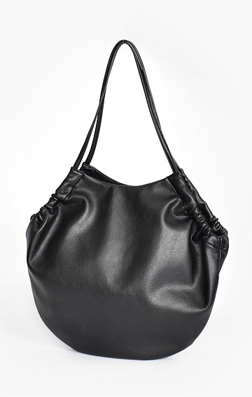 VEGAN LEATHER TOTE BAG IN BLACK