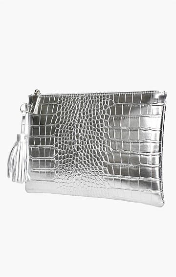 METALLIC CROC POUCH IN SILVER
