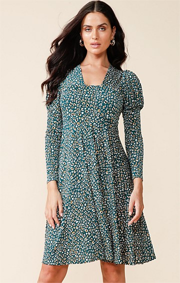 DELPHY 3/4 SLEEVE STRETCH JERSEY A-LINE KNEE LENGTH SWING DRESS IN TEAL GOLD LEOPARD