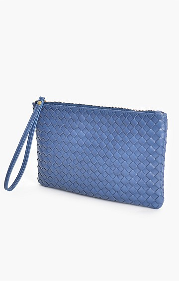 PLAITED ZIP POUCH IN NAVY