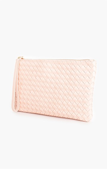 PLAITED ZIP POUCH IN PEACH