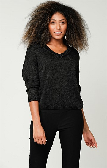 V-NECK LONG SLEEVE RELAXED-FIT SLOUCH TOP IN BLACK LUREX KNIT