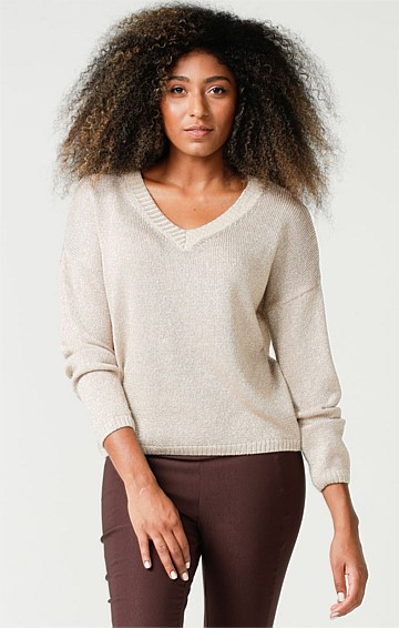 V-NECK LONG SLEEVE RELAXED-FIT SLOUCH TOP IN GOLD LUREX KNIT