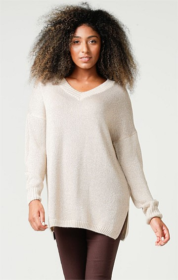 V-NECK LONG SLEEVE OVERSIZE-FIT TUNIC TOP IN GOLD LUREX KNIT